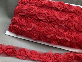 Rosenborte auf Tüll